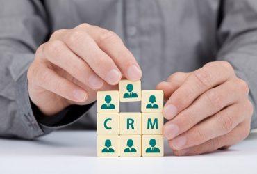 راهنمای انتخاب سیستم مدیریت ارتباط با مشتری مناسب